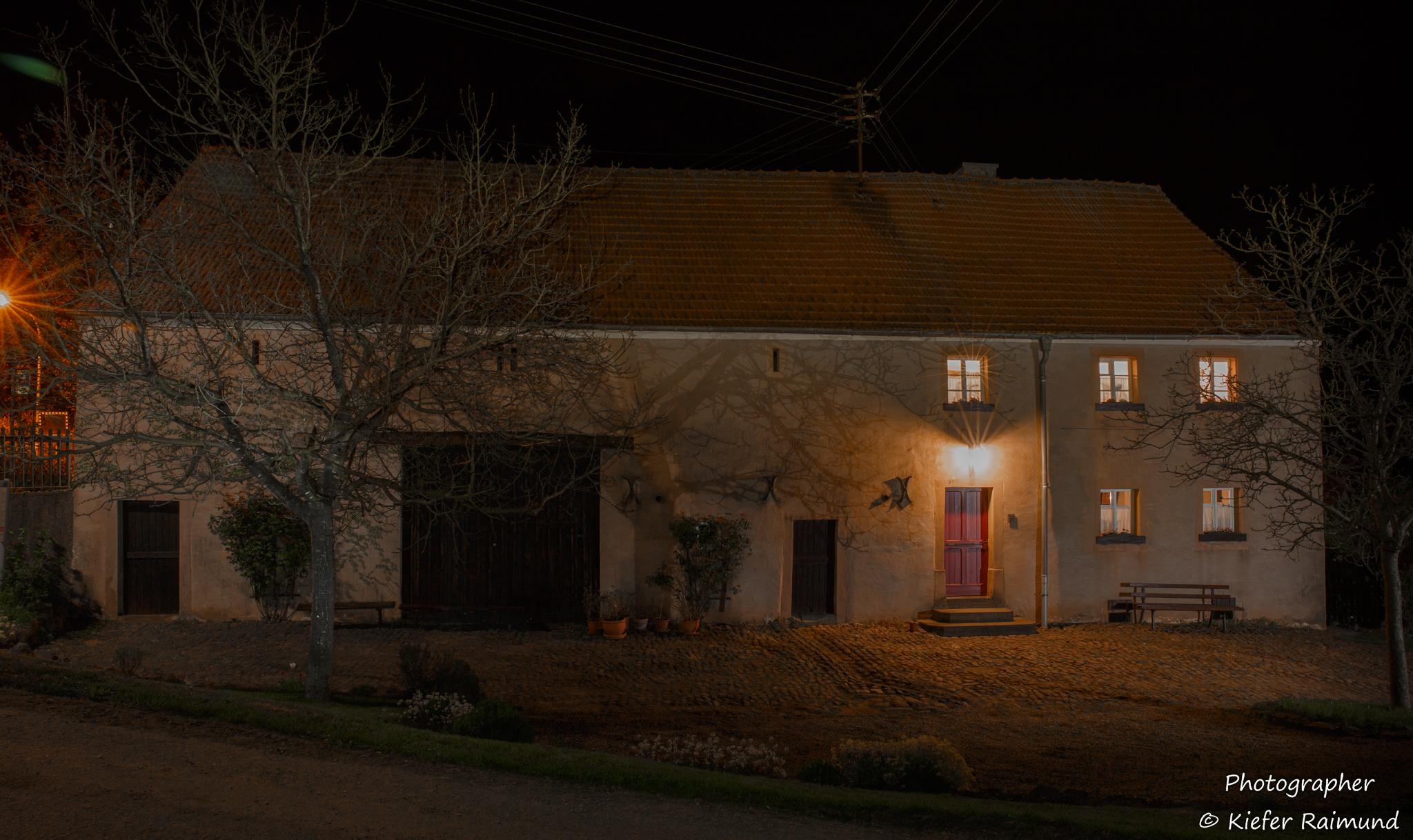 Nachtaufnahme Bauernhaus Habach